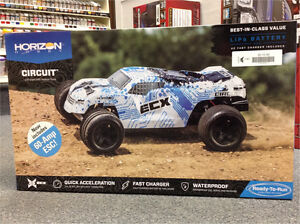 R/C Stadium Truck from ECX. Includes Lipo Battery & Fast Charger