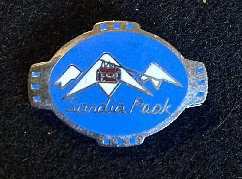 SANDIA PEAK Vintage Skiing Ski Pin Badge NEW MEXICO Resort Souvenir Travel Lapel