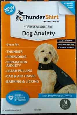 THUNDERSHIRT FOR DOG ANXIETY BEHAVIOR TRAINING GRAY SIZE M 26-40 lbs NIB RET $45