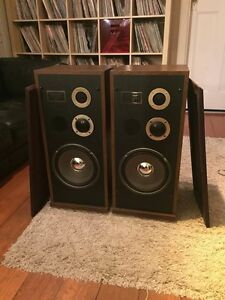 Marantz Speakers - LS200T - Excellent Condition - Great Sound Coorparoo Brisbane South East Preview