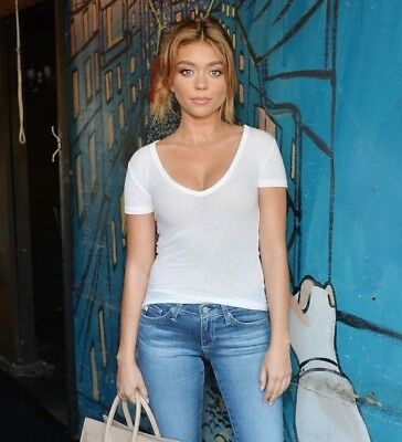 Sarah Hyland In A 8  X 10  Glossy Photo Glam