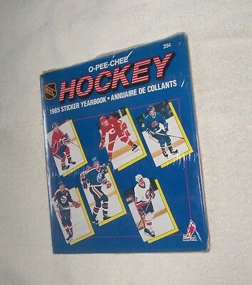 NHL : 1985 O-Pee-Chee Ice Hockey Sticker Album - Sealed with stickers - Rare