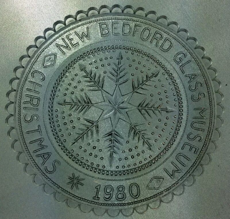 Pre-Owned Pairpoint Cup Plate New Bedford Glass Museum Christmas1980 Clear #128C