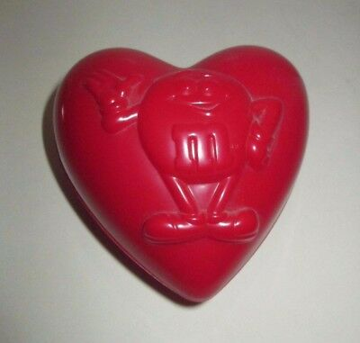 M&M MARS VALENTINE'S DAY HOLIDAY HEART SHAPED PLASTIC CANDY CONTAINER - M&m Valentine's