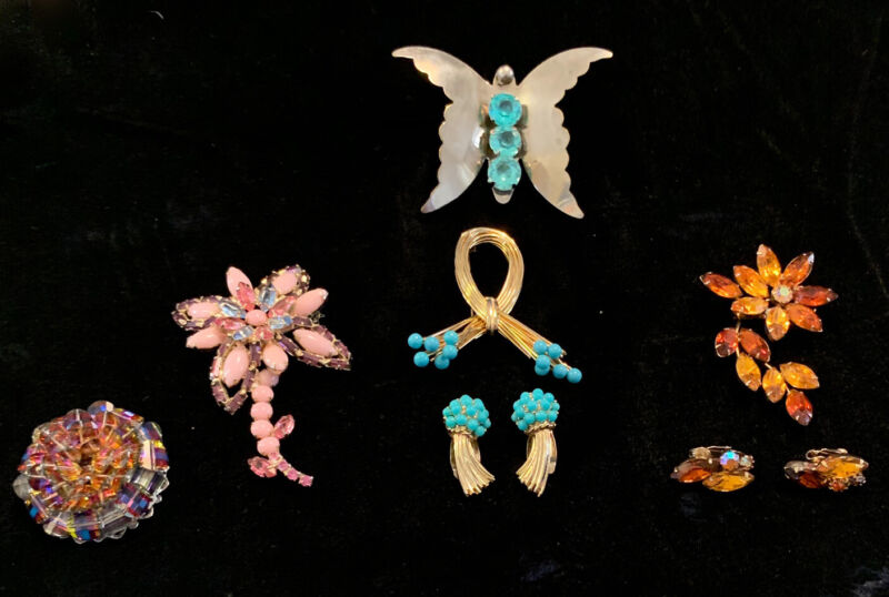 Lot Of 5 Vintage costume Brooches / Pins 2 With Matching Ear Rings Butterfly