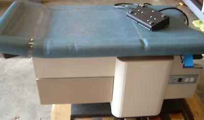 Enochs 4000 High Low Power 4000 Medical Exam Table Obgyn Stirrips Guarentee