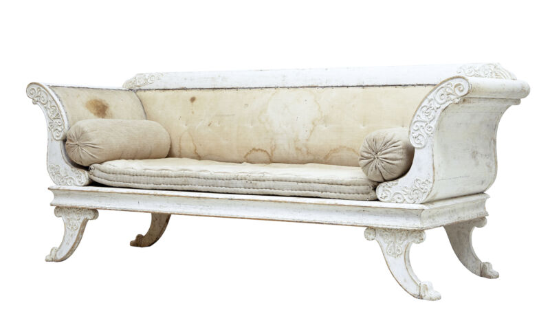 EARLY 19TH CENTURY SWEDISH GUSTAVIAN PAINTED SOFA