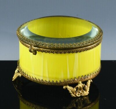 ANTIQUE VICTORIAN YELLOW ART & CLEAR BEVELED GLASS GILT METAL JEWELRY RING BOX
