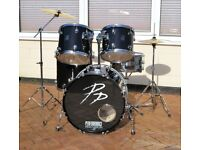 DRUM KIT + CYMBALS + STANDS