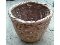 ORIGINAL OLD WICKER BASKET in very good condition.£6. See details
