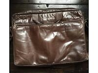 M0851 Leather Briefcase