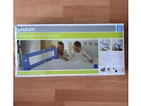 Lindam soft folding bed rail in blue