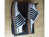 Dsquared trainers size 7