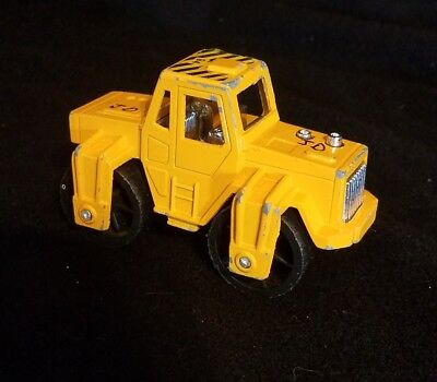Tootsie Toy Yellow Road Roller Die Cast body Rubber Wheels
