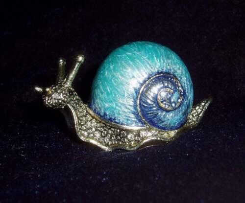 Russian Сollectible Handpainted Decorative Enamel Thimble Snail