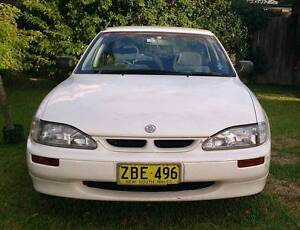 1996 Holden Apollo Sedan Beaumont Hills The Hills District Preview