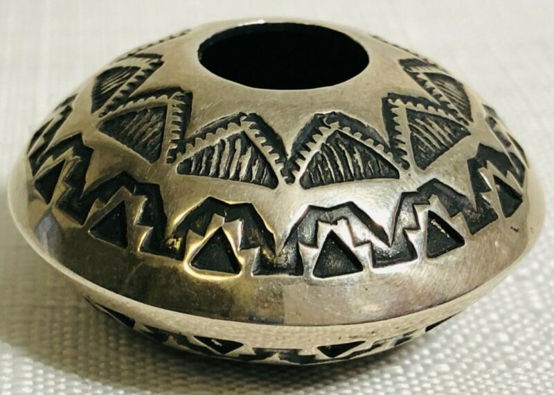 "Sunshine Reeves Navajo Sterling Silver Seed Pot 16.14 grams, 1 6/8"" Signed"