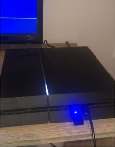 PlayStation 4 1TB with 8 games 1 controller and wireless headset
