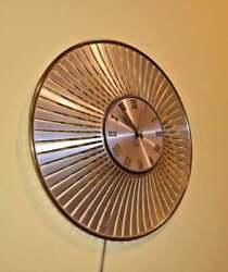 Westclox Electric Mid Century Atomic Wall Clock Orbit Model S8-S