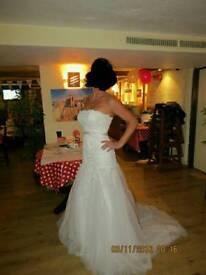 AMAZING WEDDING DRESS SIZE 6-8-10