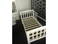 Junior bed