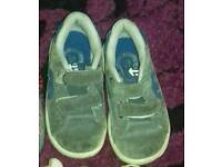 Toddler size 6 trainers