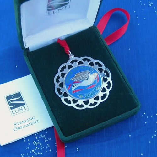 NEW • LUNT 2001 PEACE on EARTH Sterling Silver Christmas Ornament / Pendant