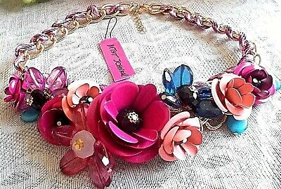 BETSEY JOHNSON MULTI ROSE/PINK COLOR ENAMEL AND RHINESTONE CLUSTER  NECKLACE