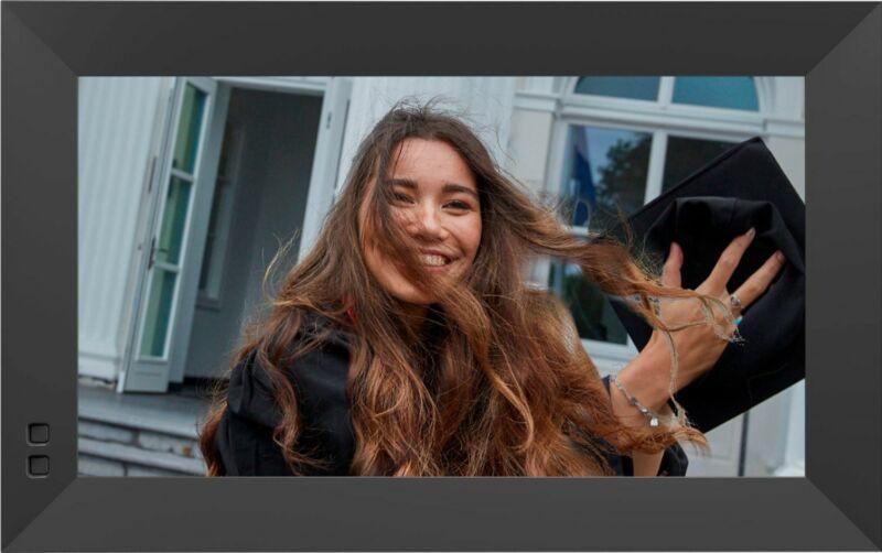 Nixplay Smart Photo Frame 13.3-inch - Black