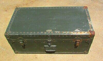 Vintage Belber Footlocker Trunk 1949 Military WW2 era Green w/ Removable Tray