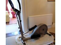 Reebok RE3000 Cross Trainer BARGAIN, can deliver