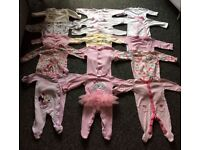 Age 0-3 months girls clothes (85+ items)
