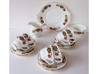 21 piece Duchess Bone China tea set