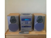 Hi-Fi audio system, speakers & remote control. Perfect working and cosmetic condition!