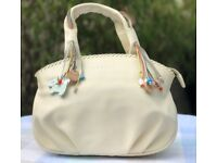 RADLEY ivory handbag in Excellent condition with a Dust bag and Leather care kit
