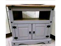 Solid wood tv unit - we had 42 inch widescreen tv on this