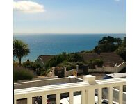 A BEAUTIFUL STUDIO APARTMENT WITH PRIVATE BALCONY AND SEA VIEWS