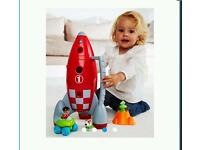 Happy land lift up space rocket