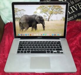 Cheap Apple MacBook Pro in excellent condition.