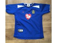 Portsmouth football shirt 5-6 years