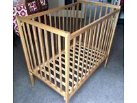 Baby's space saving cot
