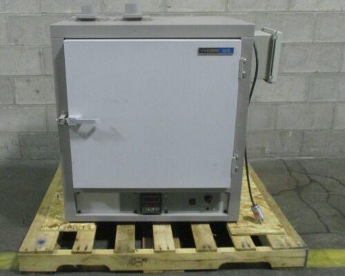 VWR 1670 High Performance Horizontal Air Flow Laboratory Oven