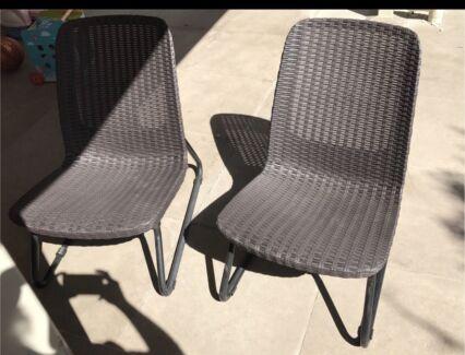 Wicker Chair Set Part 8