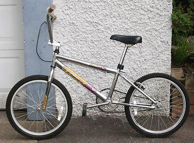 bike frame , bicycle handle bar , bike tire and wheel ...