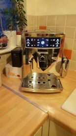 Saeco Xelsis HD8943 - fully-automatic espresso/coffee machine, w/extras!