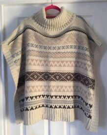 Marks and Spencer's knit poncho one size