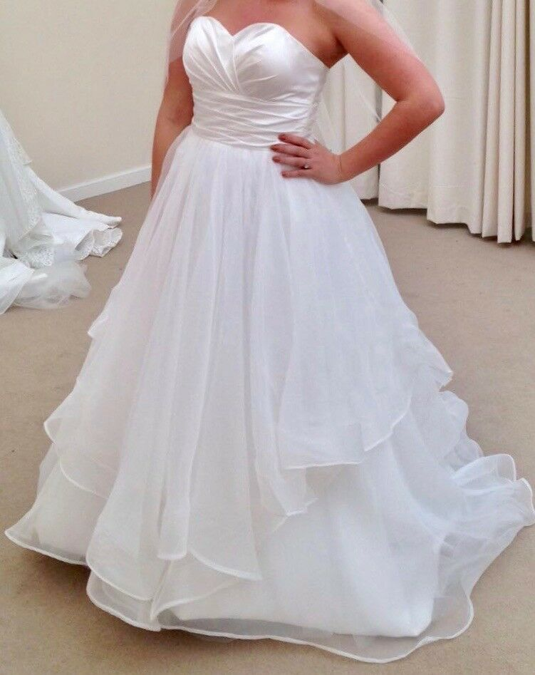 Beautiful Wedding Dress For Sale - Unworn - Perfect Condition.