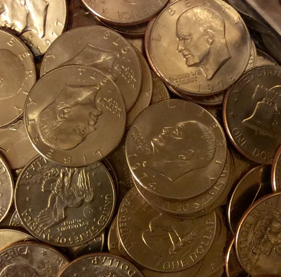 LOT OF 100 EISENHOWER (IKE) DOLLARs circulated 1971-1978.