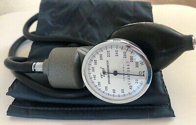 Vintage Tycos Sphygmomanometer 5098-02
