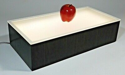 Top Lighted Counter Display